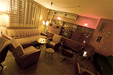 Wohnzimmer Bar :: Wohnzimmer - Café & Bar - Dresden